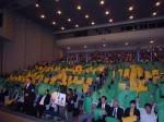 杉本会長決意表明・会場は参加者による「エヒメ」の人文字